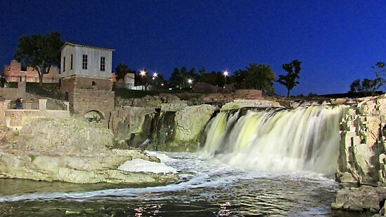 Fall at the Falls by Greg Belfrage