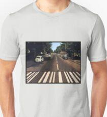 Blank Abbey road - no beatles T-Shirt