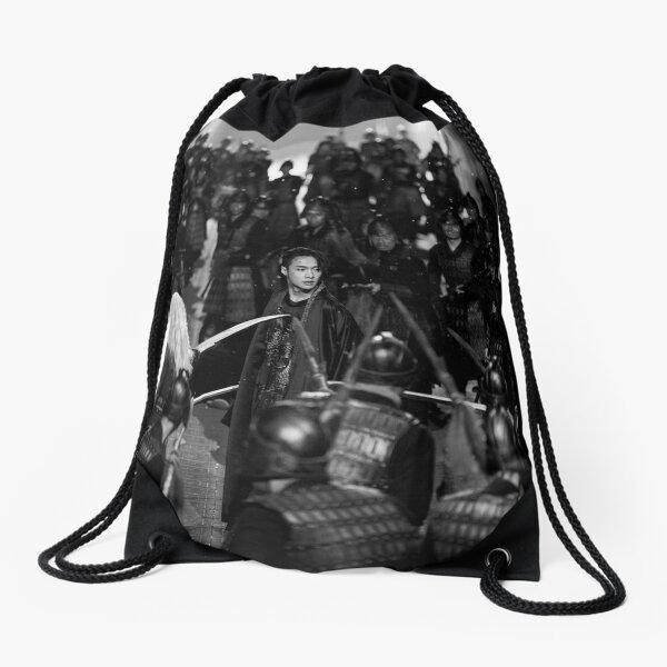 yixing lit 莲 연 teaser Drawstring Bag