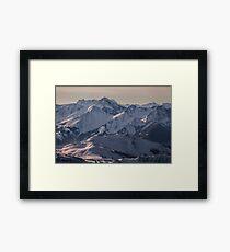 Montagnes Impénétrables Framed Print