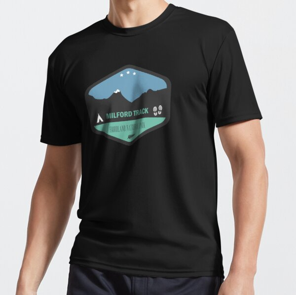 Milford Track New Zealand Badge Active T-Shirt