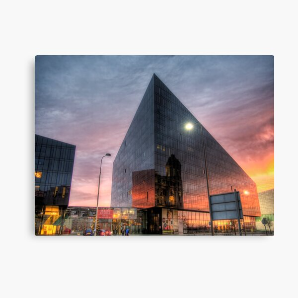 Liverpool Reflection - Man Island Canvas Print