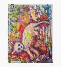 Playing Cat 'n' Mouse iPad Case/Skin