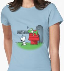 Wrong Doghouse Women's Fitted T-Shirt