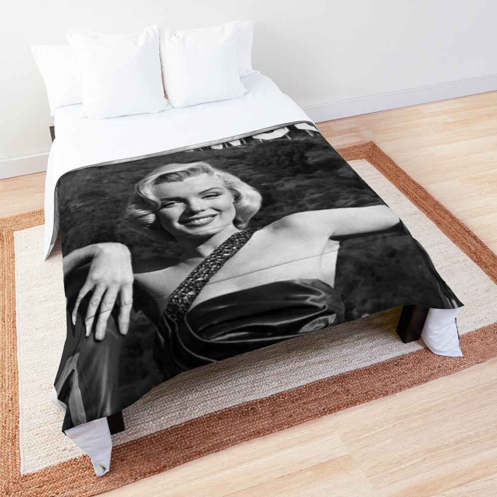 Marilyn Monroe Hollywood Black and White Comforter