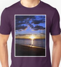 Frisbee Sunset Unisex T-Shirt
