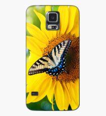 Enjoying the Flowers Case/Skin for Samsung Galaxy