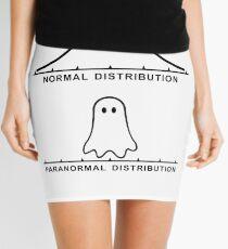 Normale paranormale Verteilung Minirock