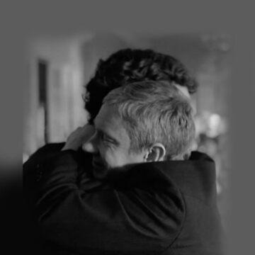 Hug by ruemorgue