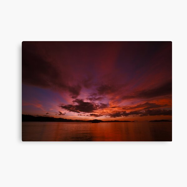 A slow sunset after a slow day Canvas Print