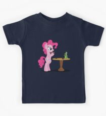 Pinkie Pie and Gummy Play Magic Shirt (My Little Pony: Friendship is Magic) Kids Tee