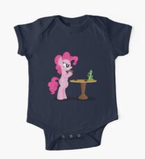 Pinkie Pie and Gummy Play Magic Shirt (My Little Pony: Friendship is Magic) One Piece - Short Sleeve