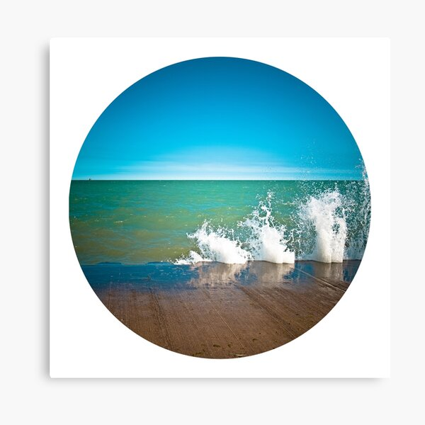 ssSplash! ...  in a Circle Canvas Print