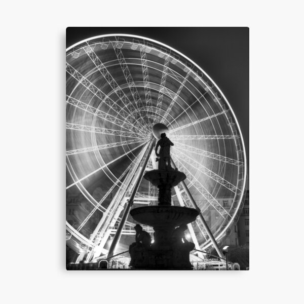 The 'Budapest Eye' overlooking Danubius Fountain in Erzsebet Square Canvas Print