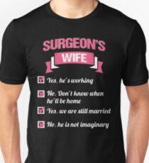 SURGEON'S WIFE Unisex T-Shirt