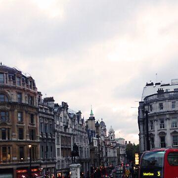 London- Trafalgar Square by WebbedWhitehall
