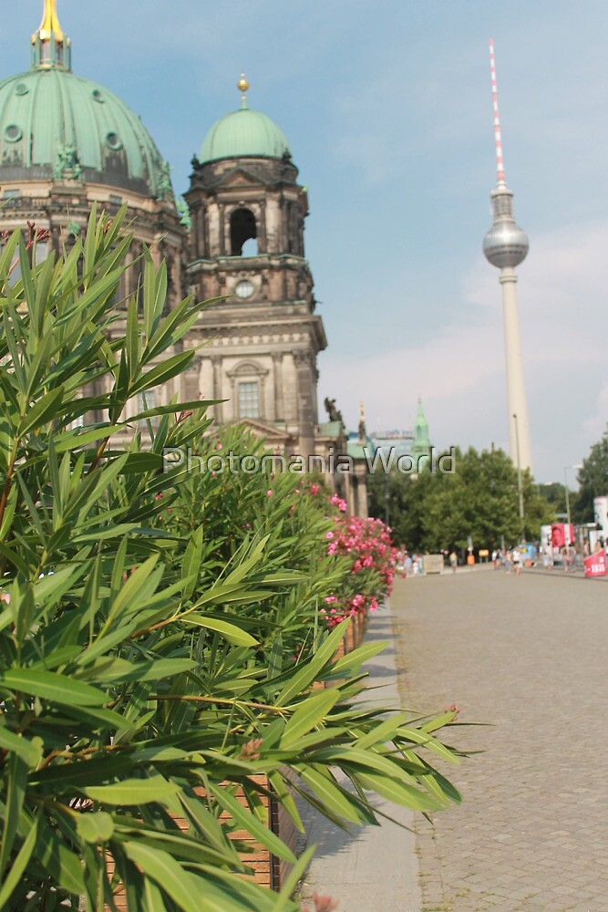Berlin by Katherine Hartlef