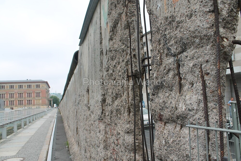 Berlin Wall by Katherine Hartlef
