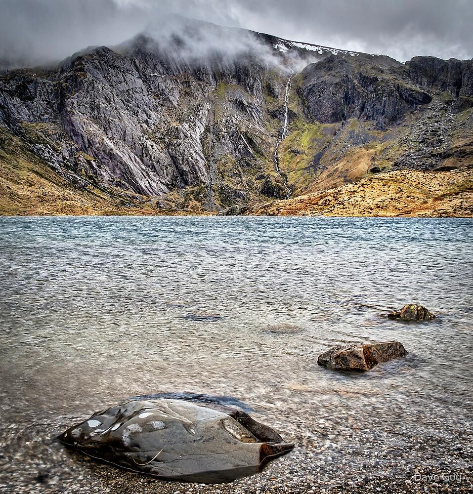 Llyn Idwal, Snowdonia by Dave Guy