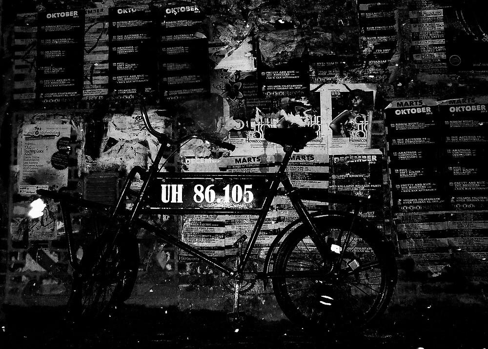 ShipYard Bike by Carsten  Ottesen