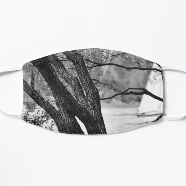 THE tree Flat Mask