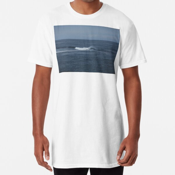 The Wave. Long T-Shirt