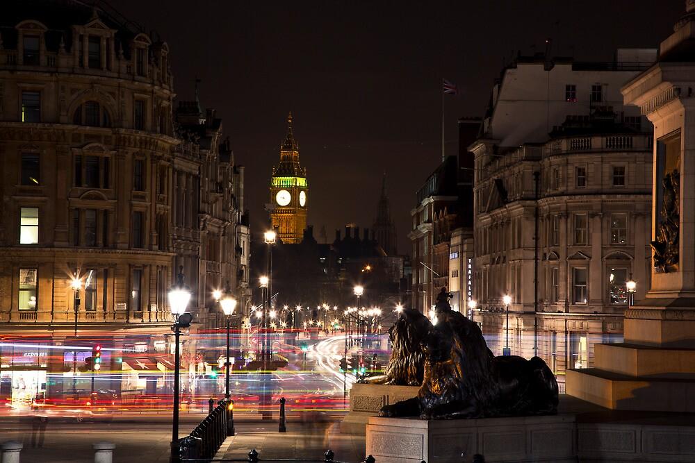 London by night by bryaniceman