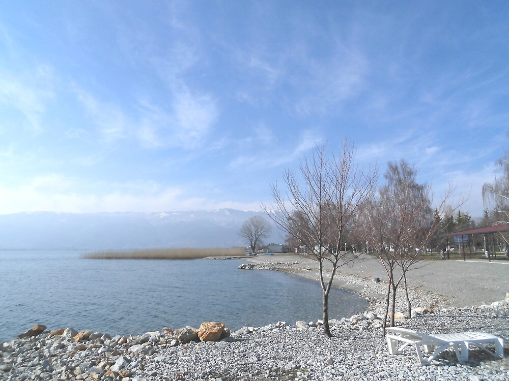 Ohrid Lake by sssupersky