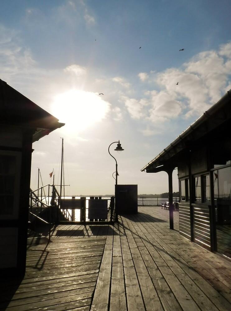 Halfpenny Pier by TOFFS