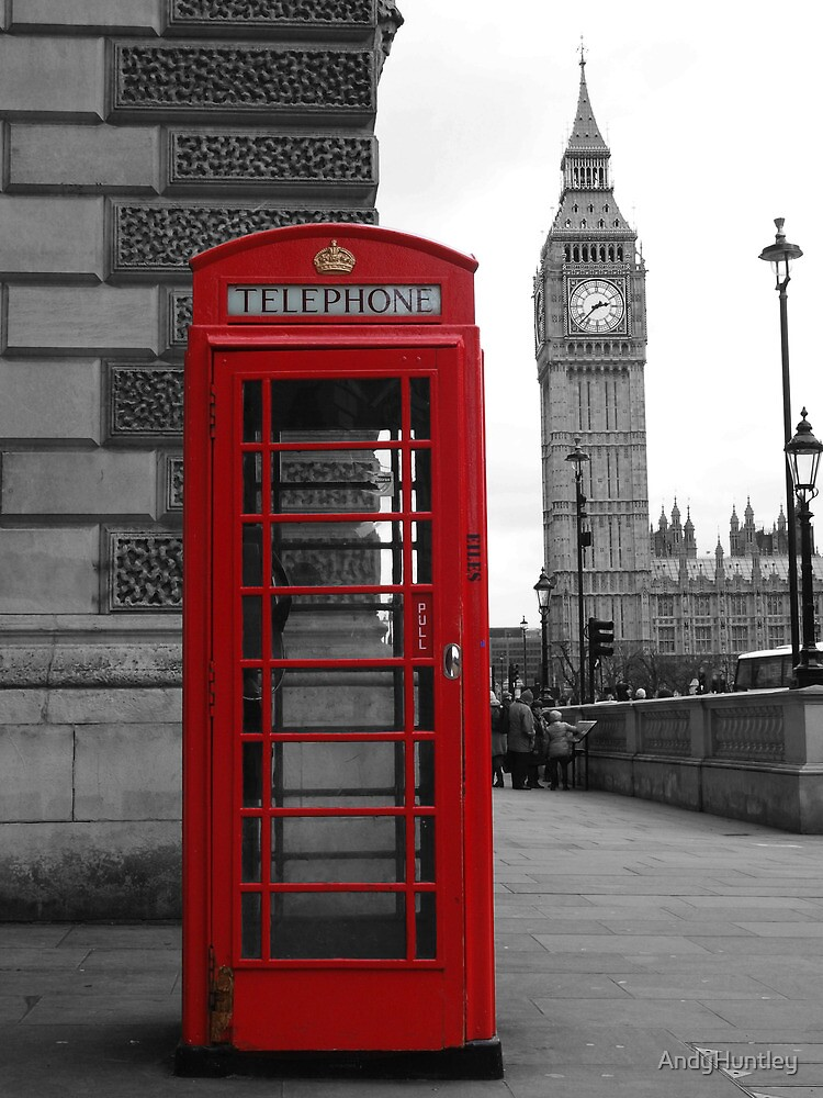 Telephone box in London by AndyHuntley