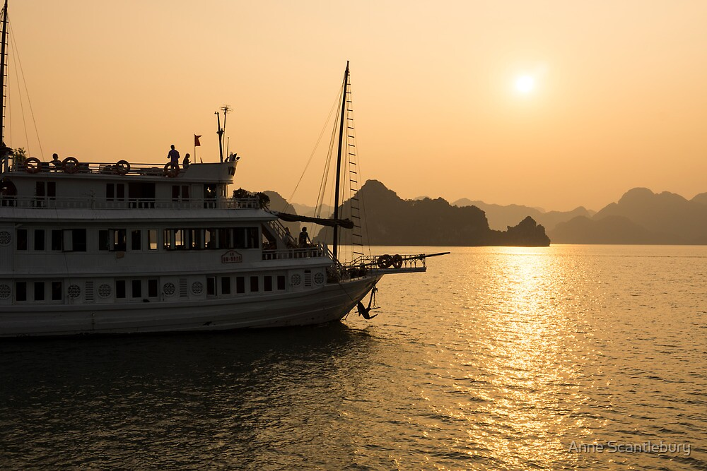 sunset halong bay by Anne Scantlebury
