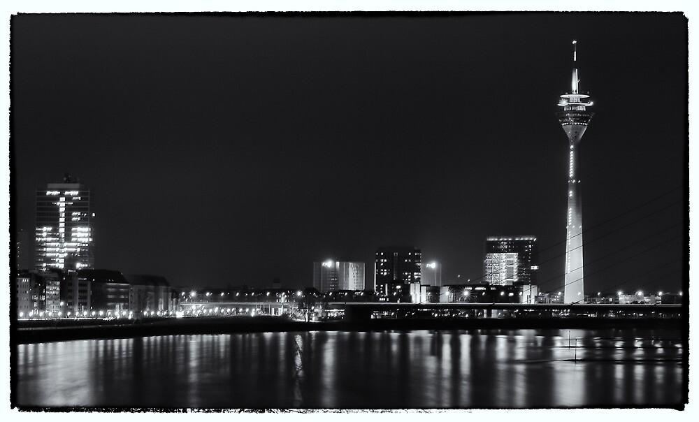Postcard of Duesseldorf by sebwaszakphoto