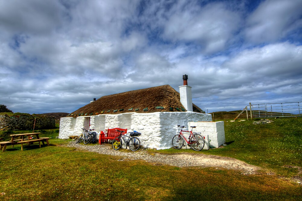 Berneray Youth Hostel by Stephen Smith