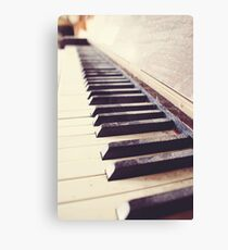 Vintage piano Canvas Print