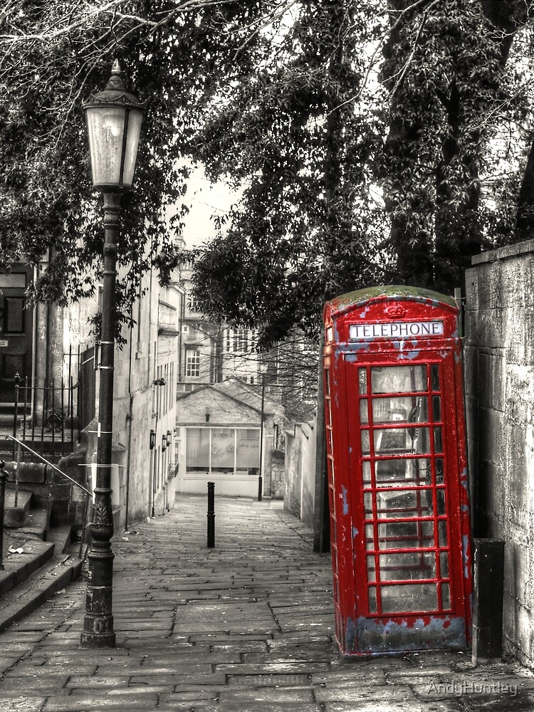 Telephone Box in alleyway by AndyHuntley