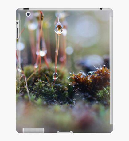 Macro World iPad Case/Skin