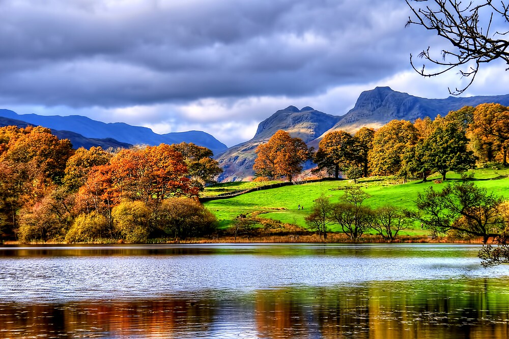 Loughrigg Tarn by Stephen Smith