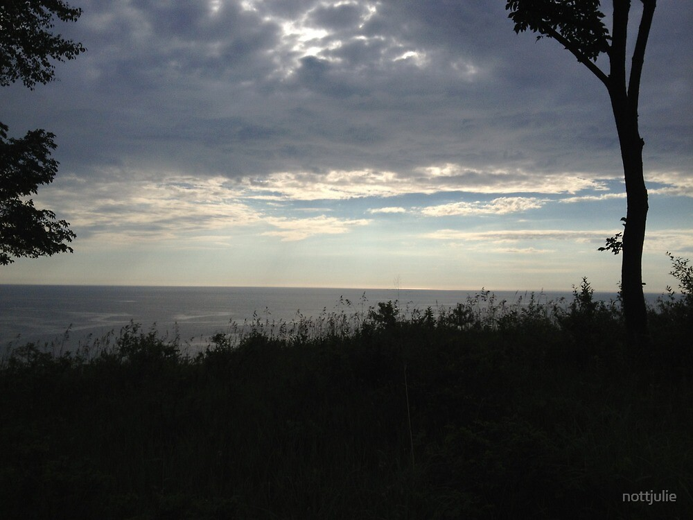 Lake Michigan sunset by nottjulie