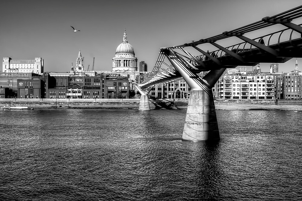 St Pauls Cathedral, London by Stephen Smith