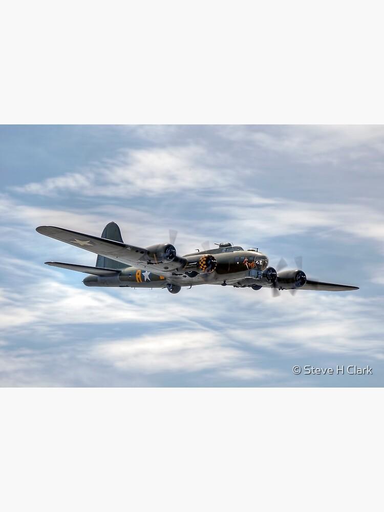 B-17 Flying Fortress by SteveHClark