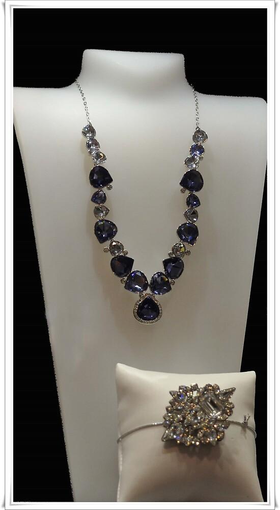 Valiosas joyas ..........Museo del diamante. Amsterdam.  by cieloverde