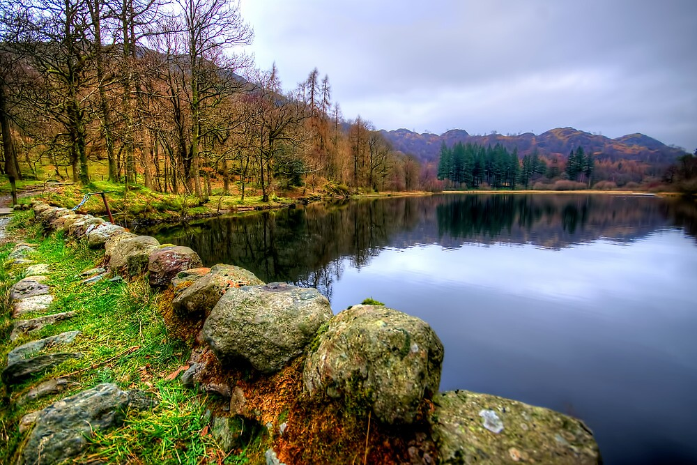 Yew Tree Tarn, Lake District by Stephen Smith