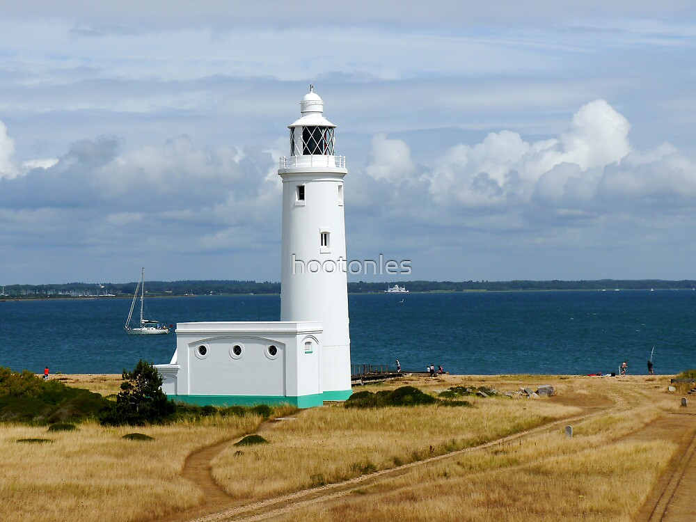Hurst Point Lighthouse by hootonles