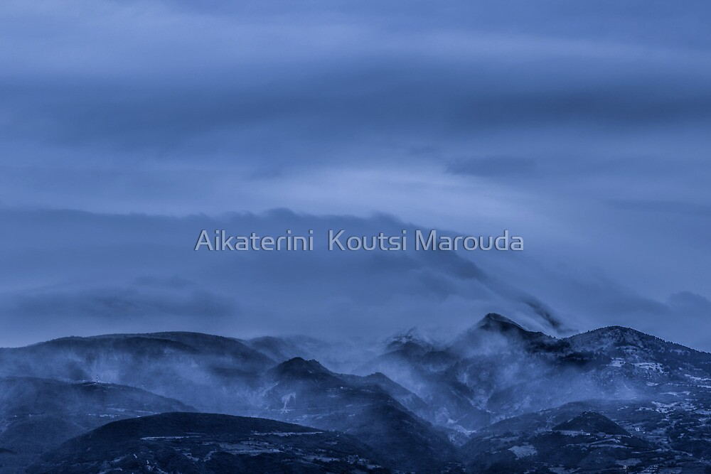 Got the blues, winter storm by Aikaterini  Koutsi Marouda