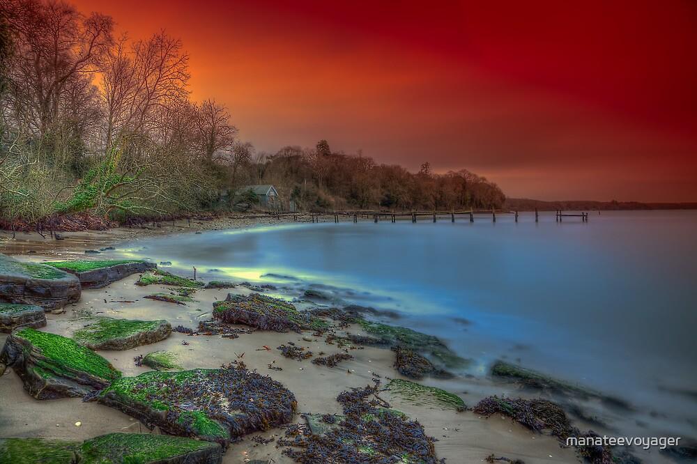 Binstead Beach sunset by manateevoyager