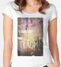 Traume Women's Fitted Scoop T-Shirt