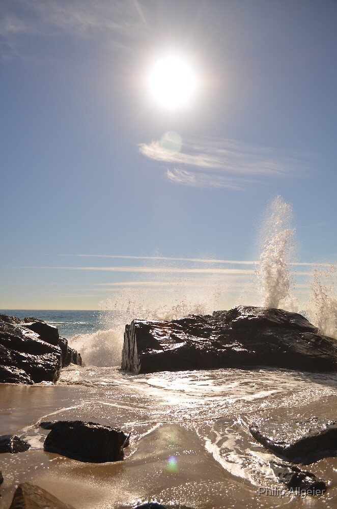 Crashing Waves by Philip Allgeier