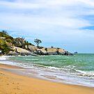 Ocean Beach near Hua Hin in Thailand. by johnrf