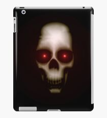 Evil skull with glowing red eyes iPad Case/Skin
