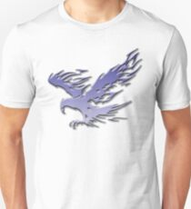 Tribal Eagle blue version Unisex T-Shirt